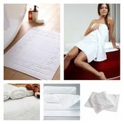 Полотенца «Ножки» белые (оптом)